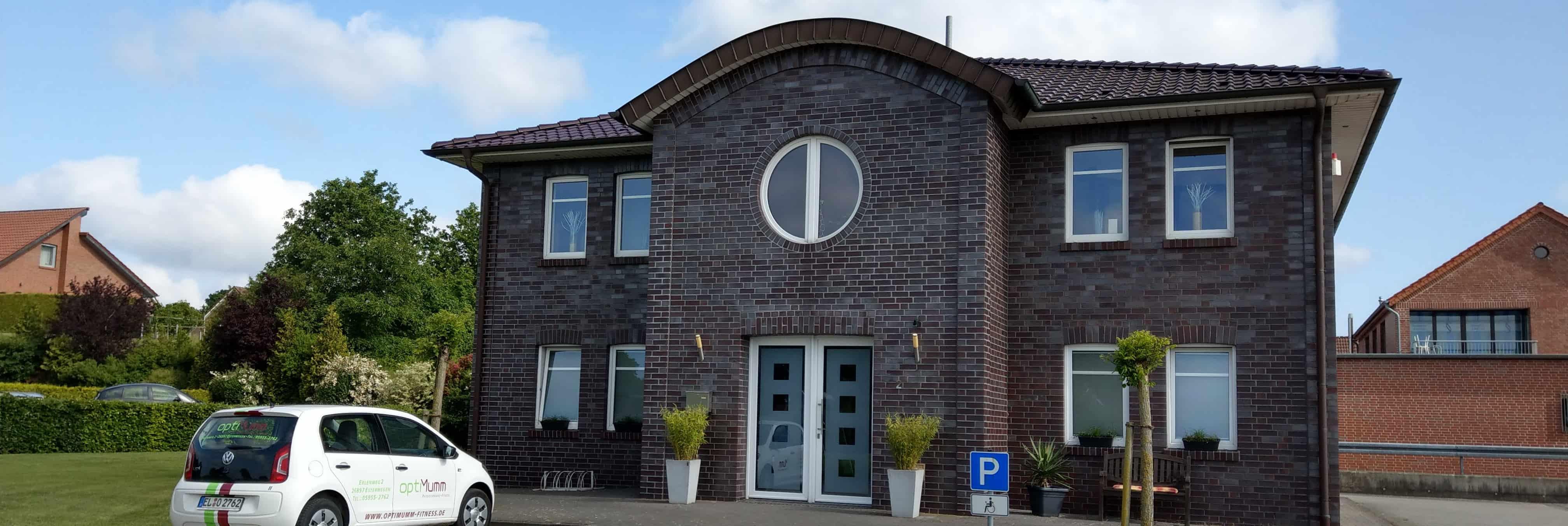 Optimumm Gebäude Außenansicht Fußleiste